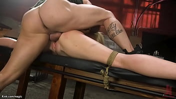 Bound blonde rough pussy fucked 5分钟