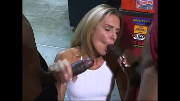 Ashley Long'_s Hole Is Stretched By Big Black Cocks