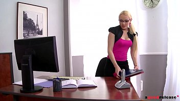 Lola Taylor's Threesome In The Office