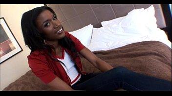 19yo Ebony Teen Does Her 1st Porn In Amateur Video