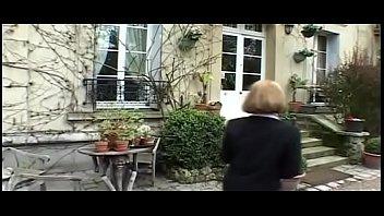Clara Morgane dans La Collectionneuse (film complet)