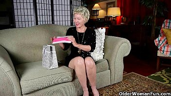 Granny pantyhose gallery Moms new pantyhose gets her in the mood