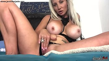 Streaming Video Busty Milf Jennifer Jade bedroom pussy masturbation in lingerie - XLXX.video