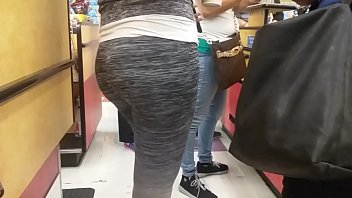 Latinas booty is hella sexy in mi Pueblo