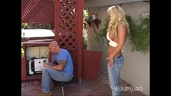 Horny Blonde Seduces Plumber With Her Massive Boobs Pink Kitty