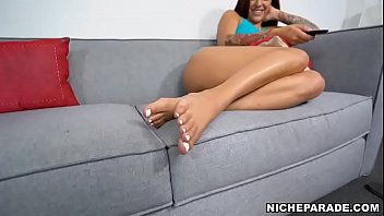 NICHE PARADE - Young Latina Mia Martinez Wants You To Jerk Off To Her Sexy Feet thumbnail