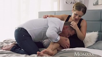 MOM Intimate lovers sensual creampie 12 min