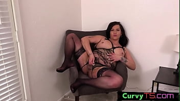 Bbw Shemale Shemeatress Jerks Off Her Tiny Cock