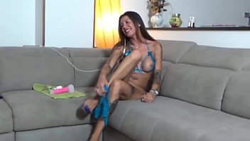 Valeria Curtis - Dildo and squirt