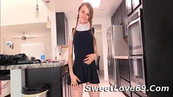 Charlotte Carmen no Panties Schoolgirl Dancing 6分钟