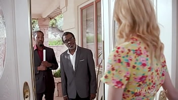 Chloe Cherry DP wilde Interracial action with 2 insurance brokers BIW003 30秒