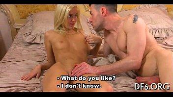 Gorgeous virgin naked 5分钟