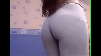 Sexy girl in Leggings squirted from tokens 14分钟