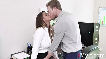 Blonde MILF Slut Fucks Boss For Raise- Brooklyn Chase