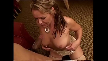 Mature fair-haired lady Kelly Leigh is fond of knock the dust off the old black sombrero