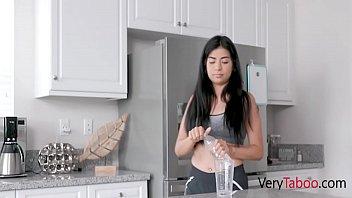 Mom Begs Daughter To Fuck s. Virgin Son- Karmen Santana