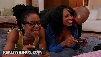 (Anya Ivy, Kira Noir, Xander Corvus) - Ebony Three Player Game - Reality Kings