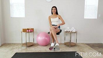 Fit18 - Emily Willis - 51kg - I Creampie A Flexible Former Ballerina 14 min