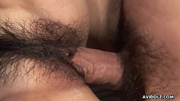 Her hairy cunt getting pumped with a hard cock 8分钟