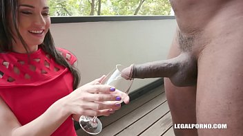 Interracial XXXtreme orgy leaves Nataly Gold's asshole destroyed by 4 guys 10分钟