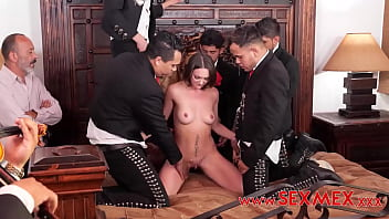 Bang gratis video gang Gangbang Porn