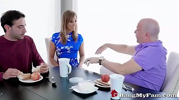 Hot Asian Stepmom Gives Son Sucky Fucky Treatment & Squirts