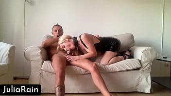 Blonde Blowjob Big Dick Best Friend Husband and shot it on Camera صورة