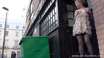 Blonde amateur exhibitionist Amber West upskirt footage and public flashing porno izle