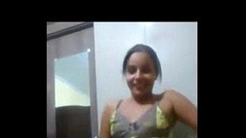 Novinha rabuda dan ccedil; walking in tight shorts - XVIDEOS.COM