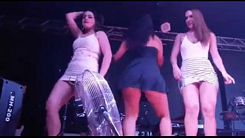 Gabriela Pimenta no baile