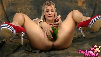 Kaley Cuoco Sex Tape! Find more at CelebPornVideo.com 6 sec
