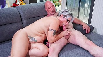Edie housewives sex Hausfrau ficken - chubby german granny fucks her husband during mature amateur tape