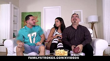 FamilyStrokes- Cute Stepsis (Vienna Black) Flashes Tits And Fucks Stepbro