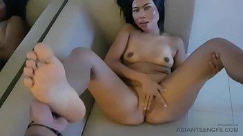 (Real amateur) Foot fetishist's girlfriend sucks & fucks cock