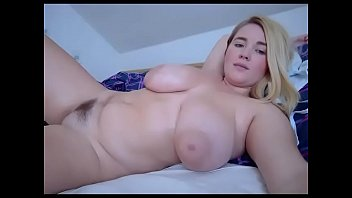 Thick big booty blonde slut live chat 6分钟