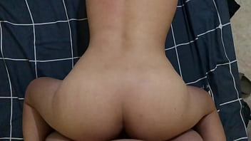 Play me a freshman born in the year 99 with big butt fucks like a dog, butt vibrates super lewd
