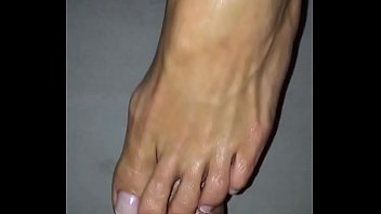 fuck me with your sexy amateur Feet