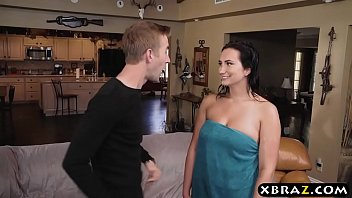 18 years old Sidney Alexis fucks her neighbors huge cock