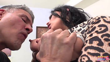 Beautiful Curvy Mona Azar Fucks Michael Stefano's Big Cock