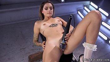 Spreaded legs babe gets fucking machine