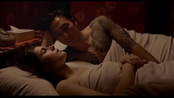 Alexandra Daddario Sex Scence in Lost Girls and Love Hotels 21分钟