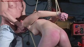 Hunting a slave in the city. The redhead victim. Starring: Evelyne Foxy.