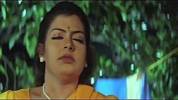 Mallu Aunty Masala Bathing Romantic Videos thumbnail