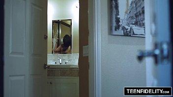 TEENFIDELITY - Amara Romani b. Face Fuck 17 min