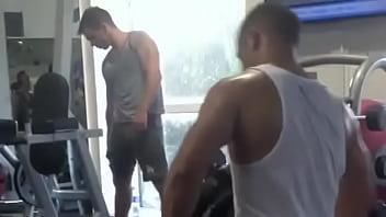 Bostom gay bulge - Big bulge at the gym