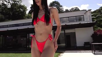 Colombian round butt Alicia Trece gets hardcore DP NT056 2 min