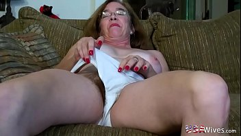 Mature hairy pussy fuck video - Usawives hairy granny pusssy fucked with sex toy