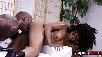 Misty cums - Curly hair ebony misty stone fully satisfied by black dong