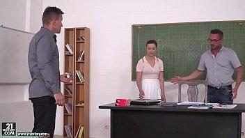 Schoolgirl Gabriella Lati got DPed in the classroom