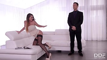 Curvy glamour chick Cathy Heaven gets fucked in the ass by her bodyguard